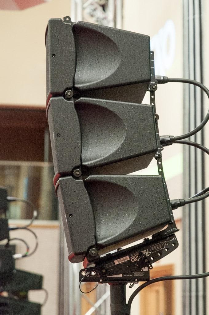 Auch von der Seite optisch defensiv: die je nur 19 cm hohen Nexo GEO M6