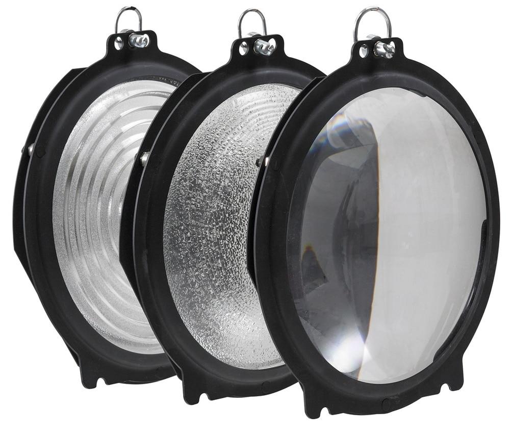 erschiedene Linsen für einen Linsenscheinwerfer in den Typen Fresnel, Pebble und Planconvex