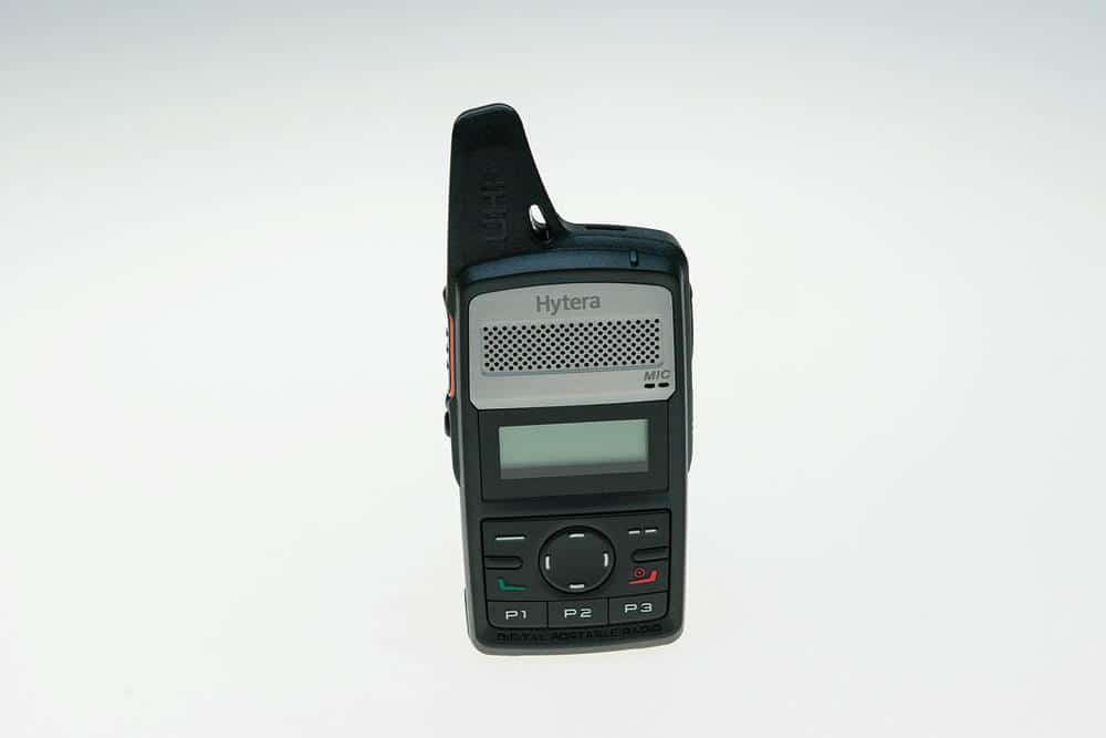 Hytera PD365: DMR für die Hosentasche im Smartphone-Design