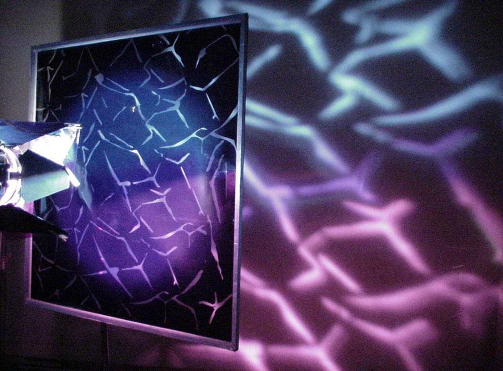 Schattenwurf mittels Cookie und Strahler mit hartem Licht (Copyright Rosco)