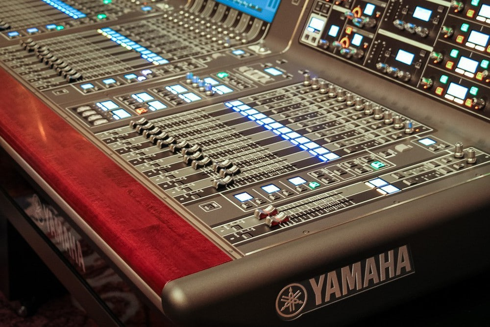 Yamaha RIVAGE PM10