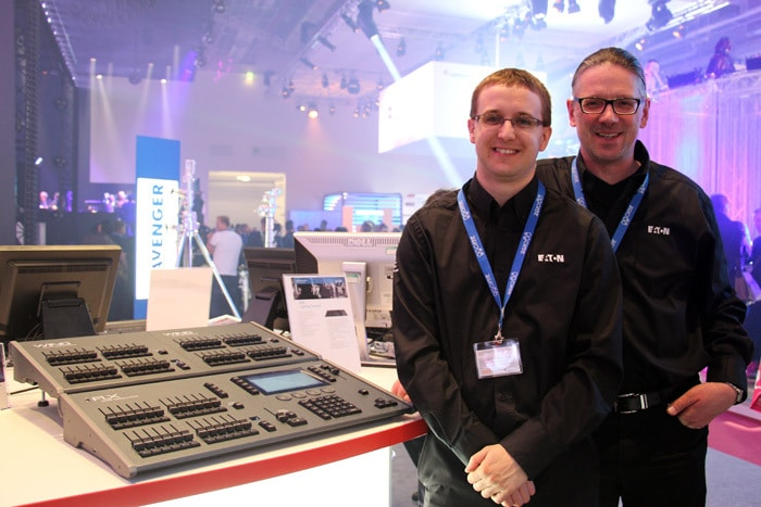 Jon Hole, Product Specialist und Frank Tiesing, Nothern & Eastern Europe Sales Manager mit dem Zero 88 FLX