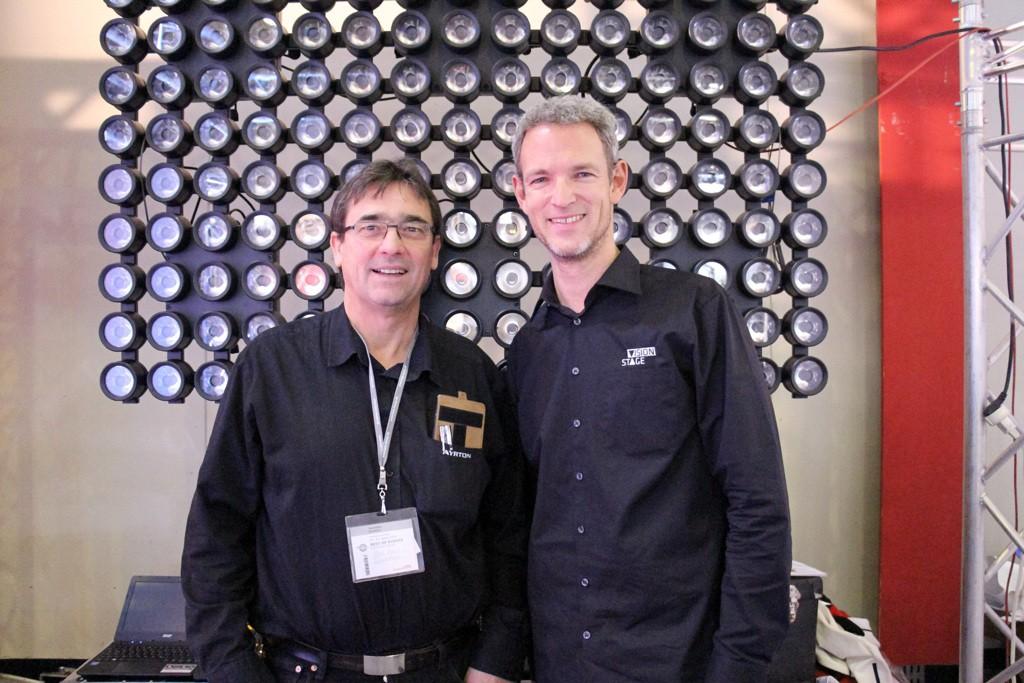 Visionstage: Geschäftsführer Michael Althaus (rechts) und Vertriebsmitarbeiter Peter Kroul