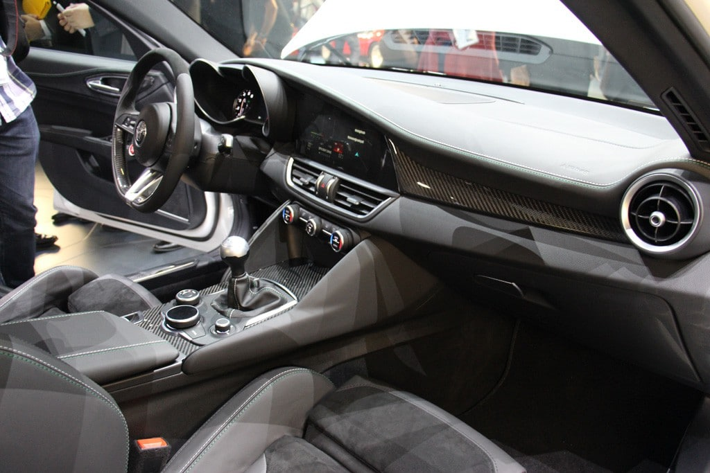 Alfa Romeo Giulia interieur IAA 2015