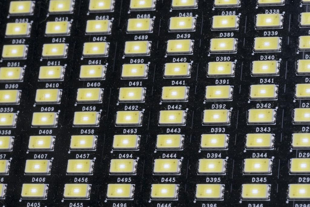 Insgesamt 1.000 weiße LEDs sorgen für mächtig Punch