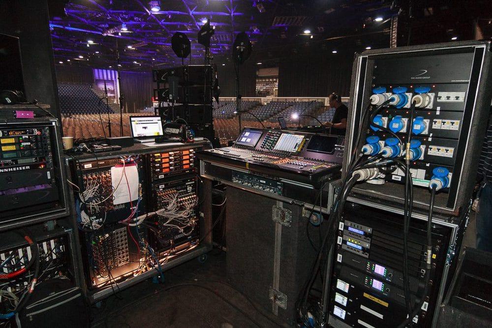 Monitorplatz mit Yamaha CL5