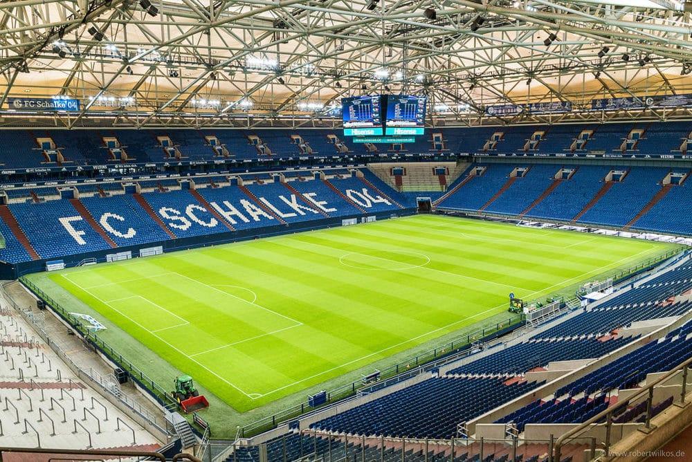 Video-Würfel auf Schalke