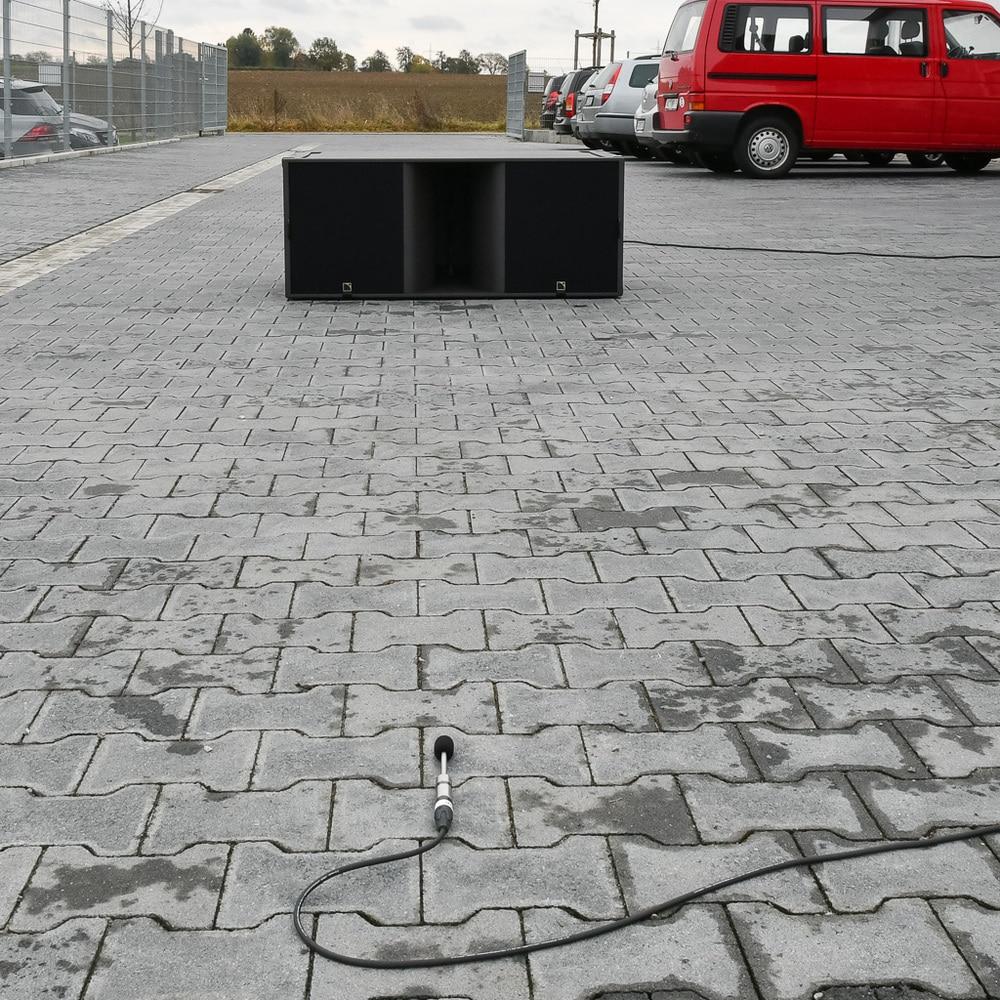 Freifeldmessung auf dem Parkplatz