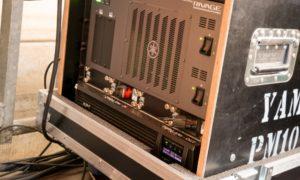 Gut verpackt: Yamaha DSP-R10-DSP-Engine samt USV