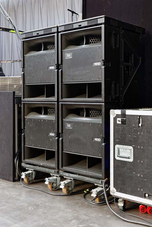 Sound-System auf dem Boden