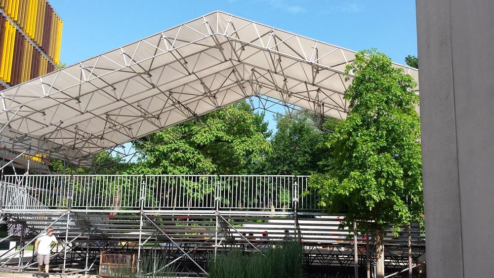 Bühnen und Tribünenbau - Firma zum Verkauf