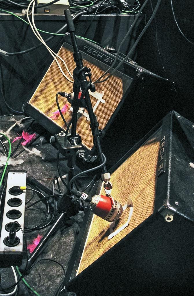 Mikrofonierung der Gitarrenverstärker