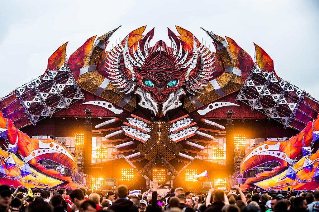 Bühnendesign des niederländischen Festivals Defqon1