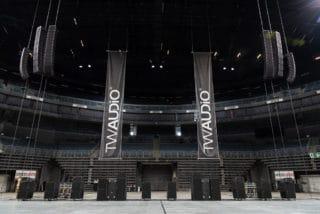 In der Lanxess Arena: Ein Tag rund um das Line-Array Vera 20 von TW Audio