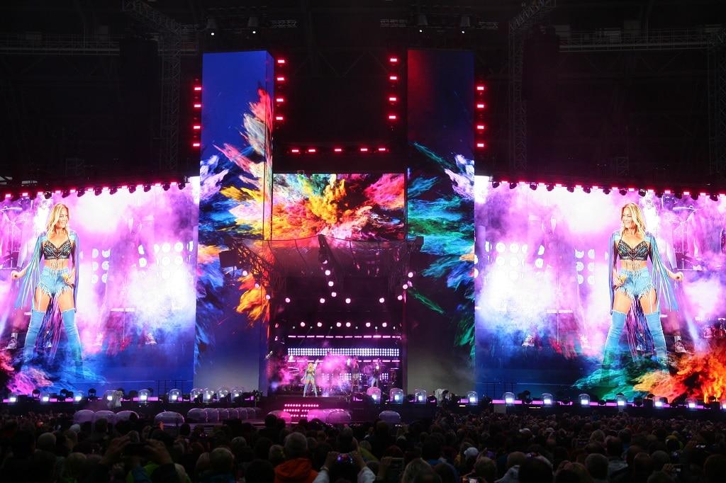 Bühne auf der Helene Fscher Stadiontour 2018 von Megaforce