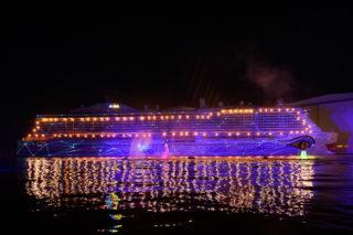 Lichttechnik: AIDAnova am Tag der Taufe