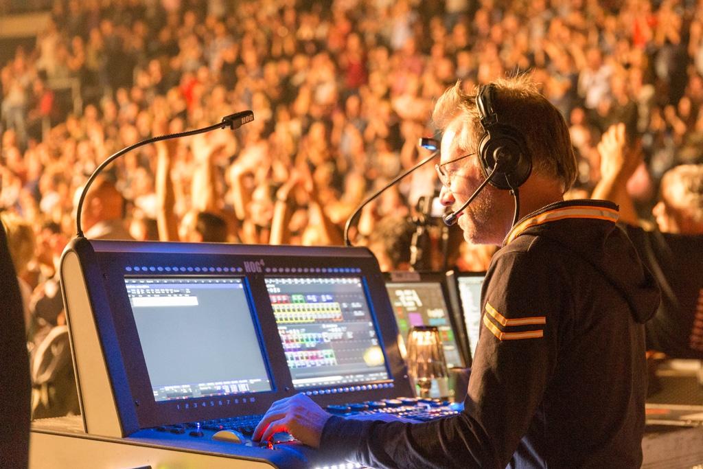 Matt Finke, Videodesigner bei der Rea Garvey Neon Tour 2018