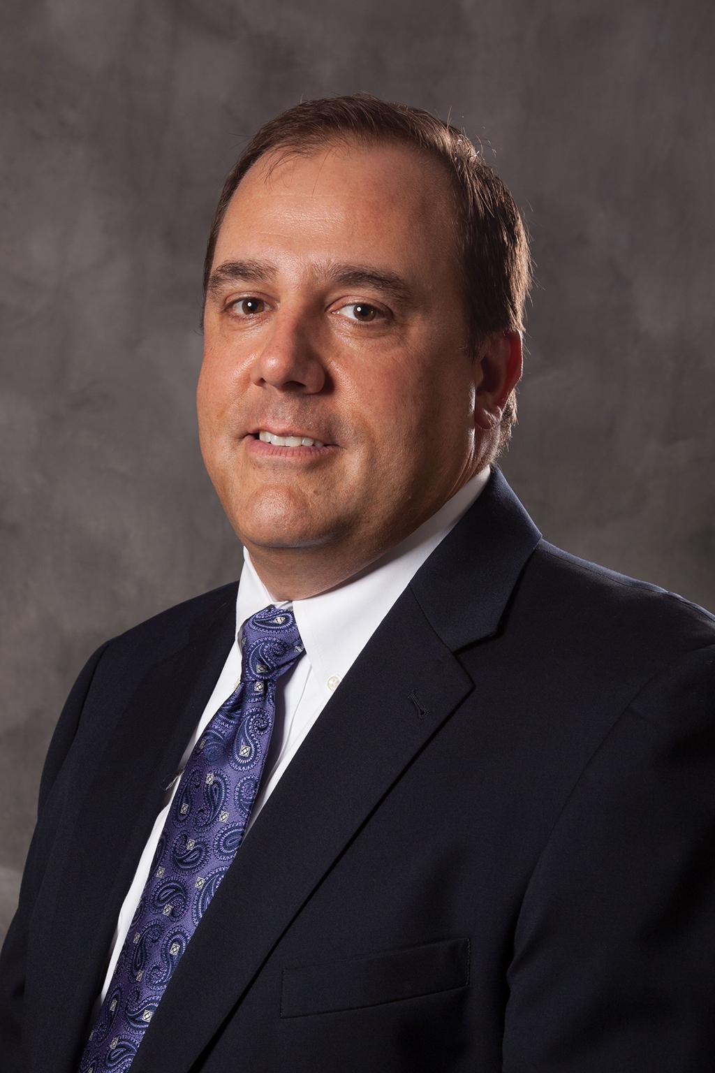 Portraitbild Mark Humrichouser, Vice President of Global Sales bei Shure