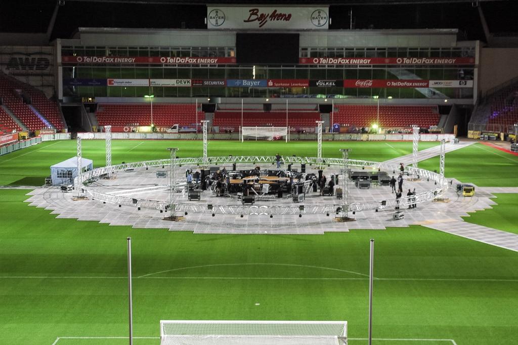 Veranstaltungsaufbau in einem Stadion