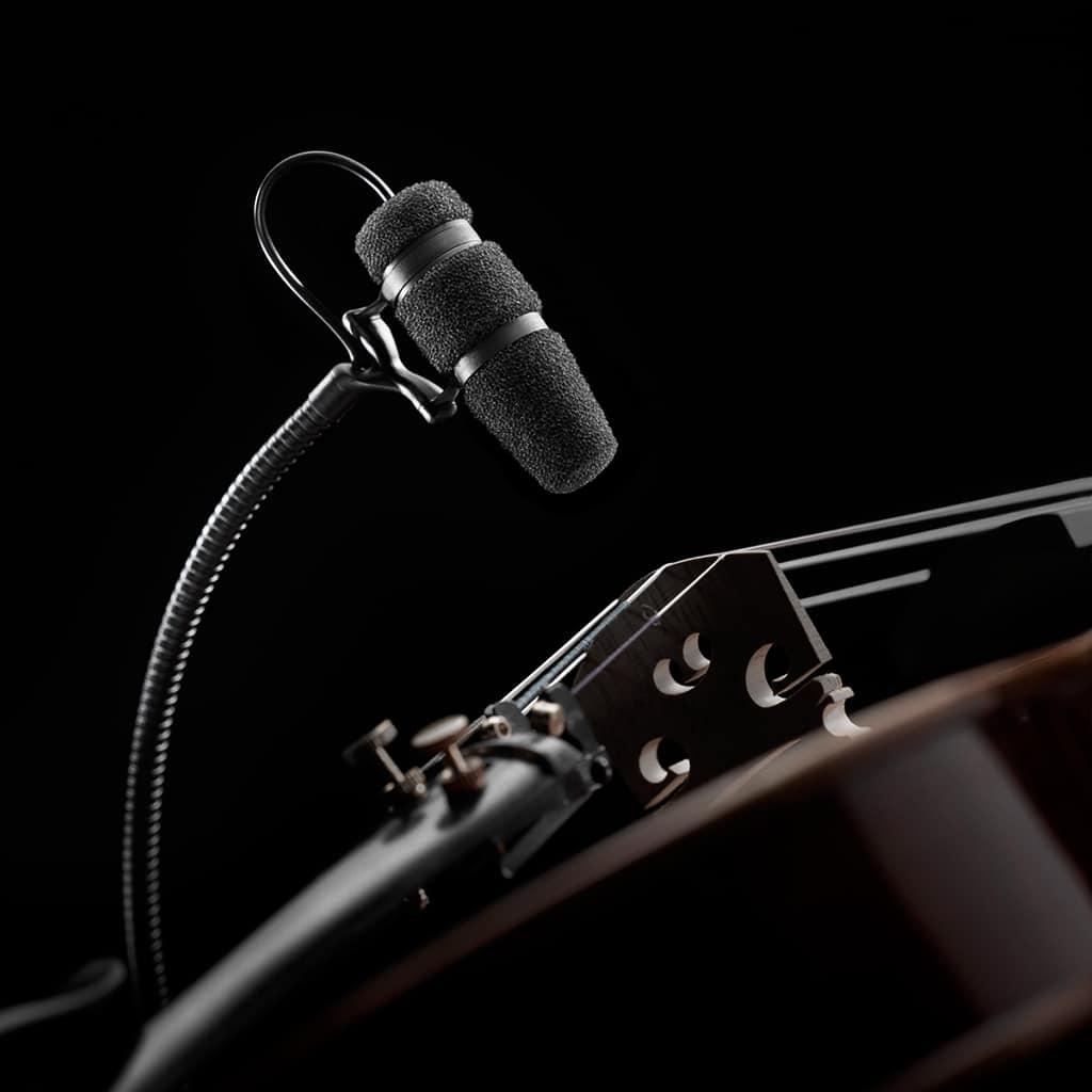 DPA Mikrofon an einer Violine
