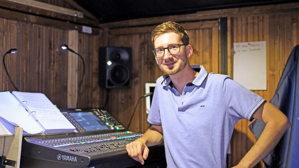 Titus Härich am FOH mit Yamaha QL5