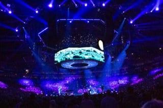 Blick auf die Bühne beim PUR Konzert in der Kölner Lanxess Arena (2018) - Lichttechnik