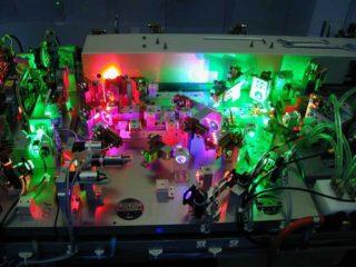 Innenleben des Schneider RGB-Laserprojektors