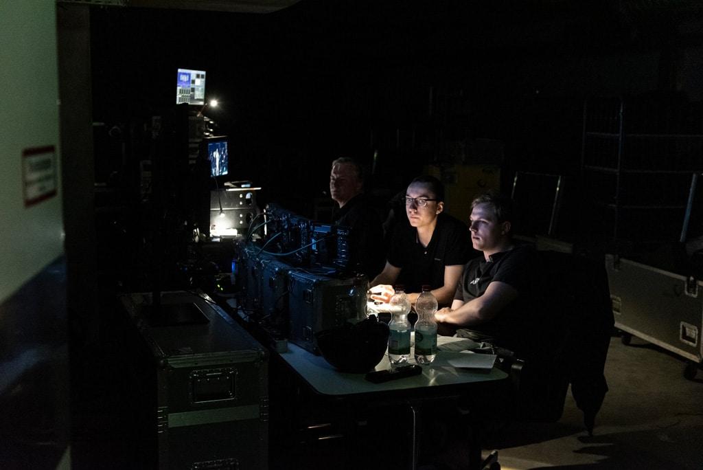 Zum ersten Mal in der Ausbildung: Videoregie mit zwei Ambion-Azubis