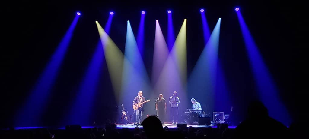 SolaFrame on tour with Jackson Browne