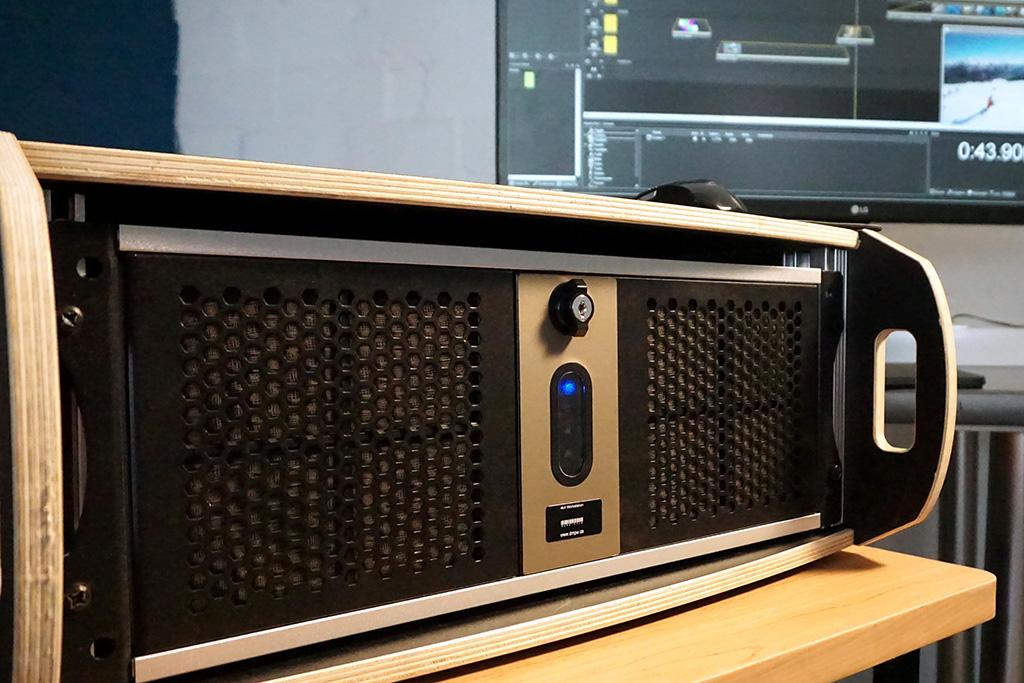 4k4-Medienserver-System für Dataton Watchout/AV Stumpfl Wings/Christie Pandoras Box