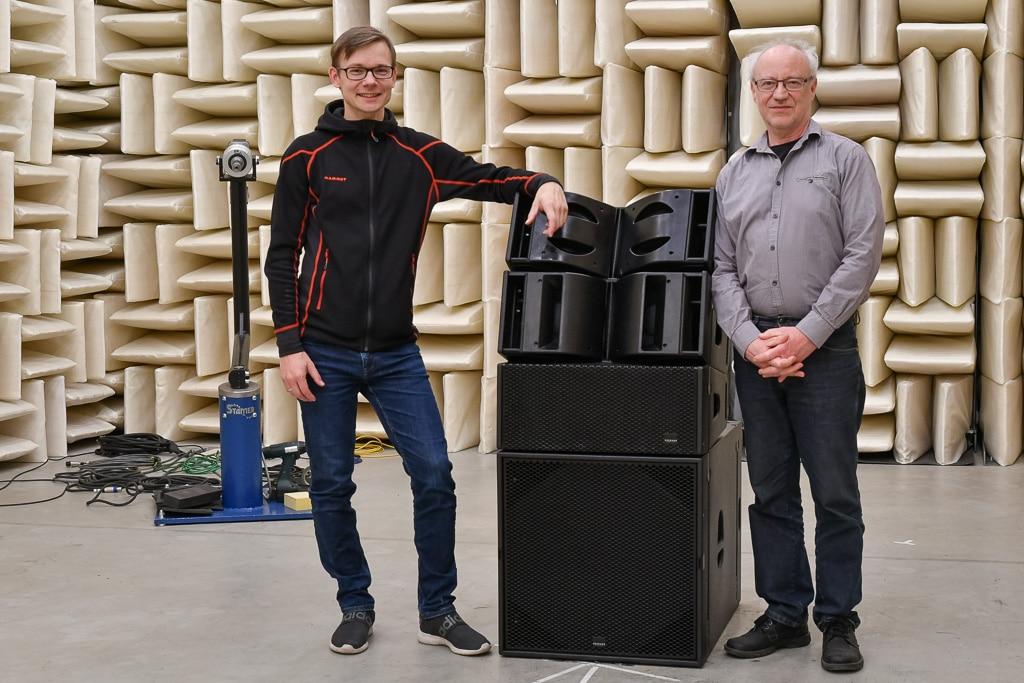 Winfried Seeburg (r.) und Entwickler Alexander Ortmann