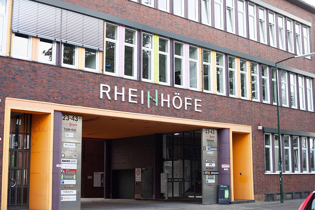 Eingang Rheinhöfe Düsseldorf