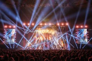 """Bühnen- und Lichtdesign bei Luke Mockridges """"Luckyland""""-Tour"""