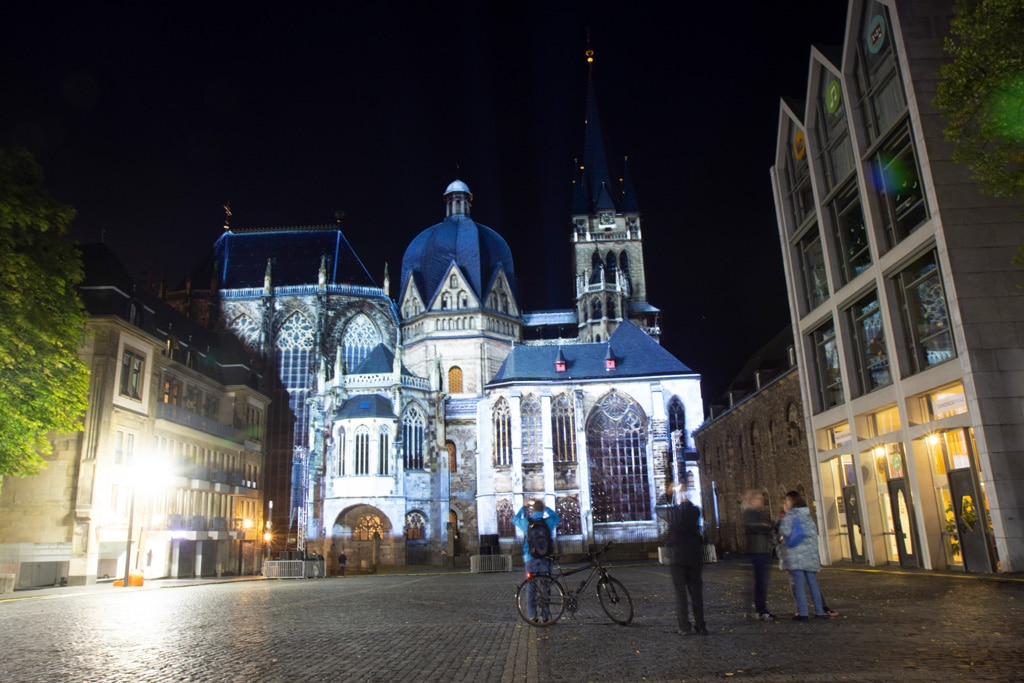 Projection Mapping am Aachener Dom