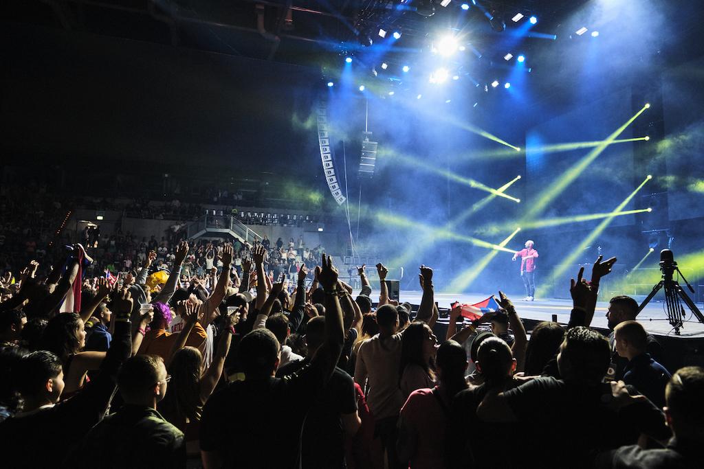 RCF powert Reggaeton-Stars in der SAP Arena