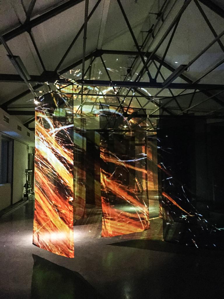 Räume schaffen durch Projektion