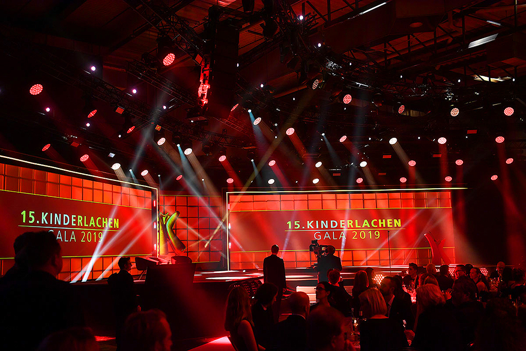 120 Chauvet Fixtures bei der Kinderlachen-Gala 2019
