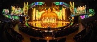 Bühne bei der VIVID Grand Show im Friedrichstadt-Palast Berlin