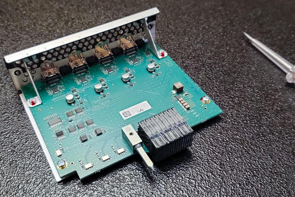 Input-/Output-Karten Analog Way Aquilon