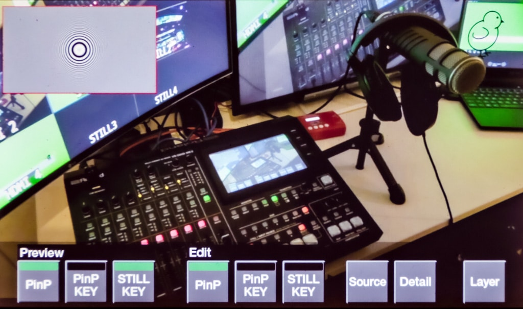 Roland Pro AV VR-50HD MK II Composition-View - Test Production Partner