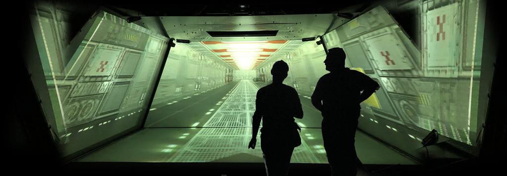 CAVE Installation mit Digital Projection