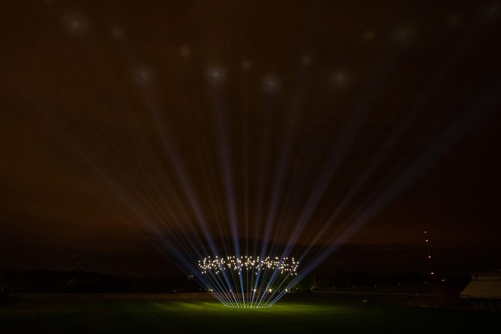 GLP Fusion Exo Beam 10 Drohnenshow Berlin 2021